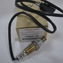 Кислородный датчик, лямбда-зонд MITSUBISHI 1588A110 универсальный
