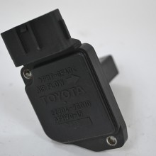 Датчик расхода воздуха MAF Toyota 22204-75010