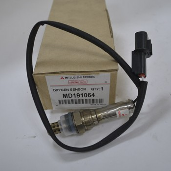 Датчик кислородный Лямбда-зонд Mitsubishi MD191064