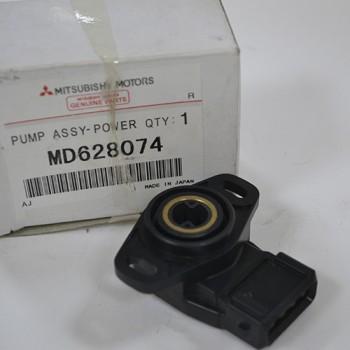 Датчик дроссельной заслонки MD628074